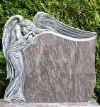 Tablica z rzeźbą Anioła