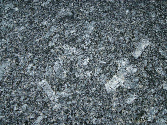 Azul Noche - kamień pochodzący z Hiszpanii.