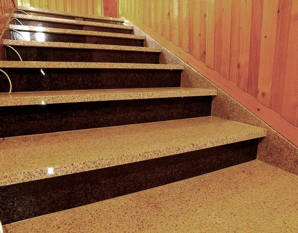 Schody granitowe do domu foto 02
