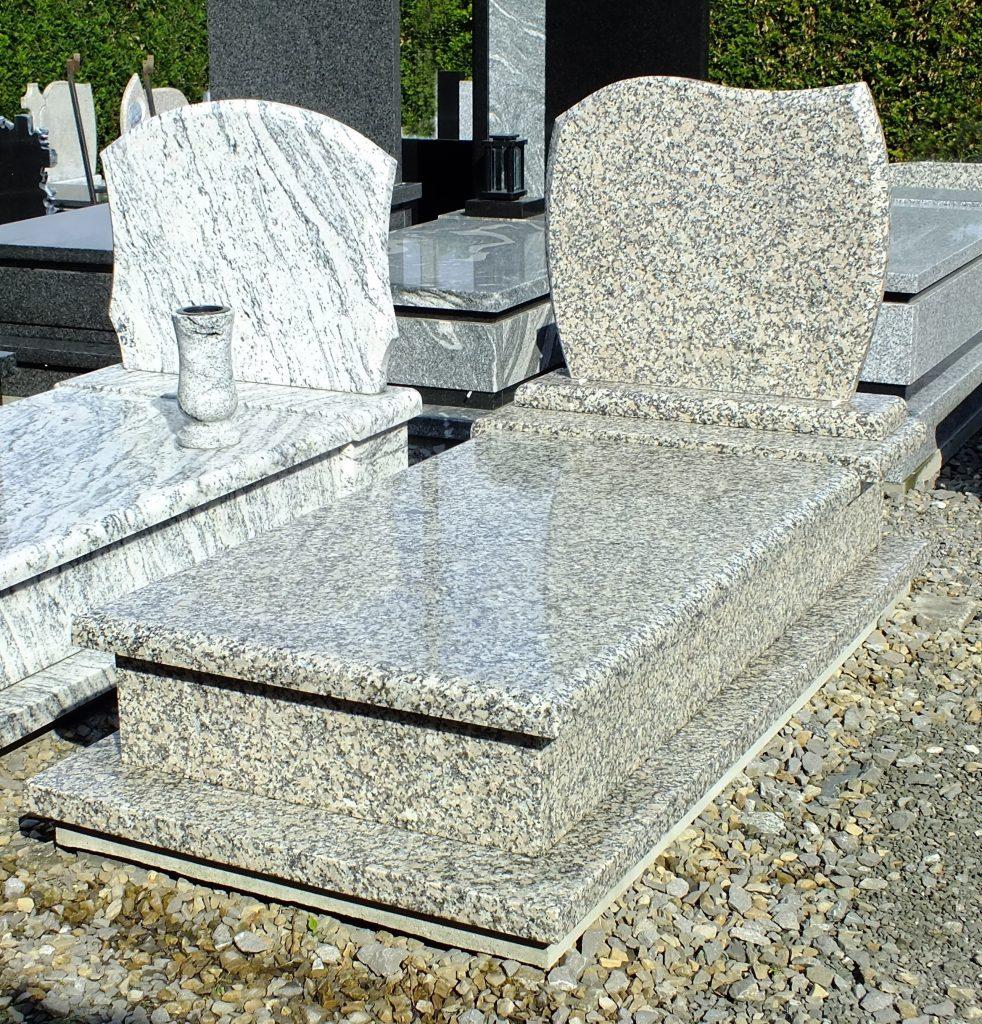 Nagrobek pojedynczy - granit jasny