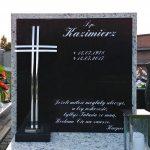 Tablica na pomnik nagrobny czarno biała, krzyż z nierdzewki.